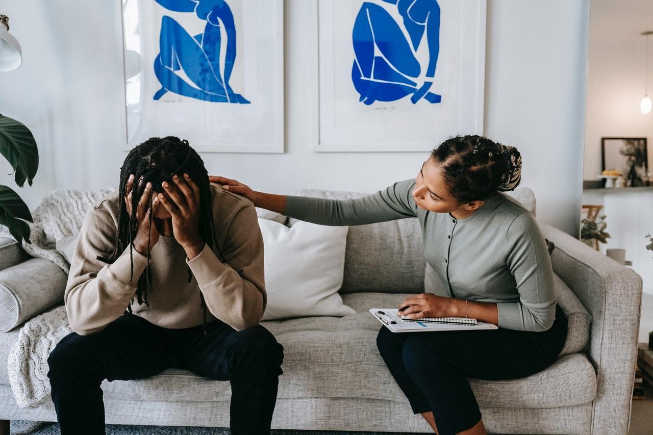 Como minimizar o estresse no ambiente de trabalho?